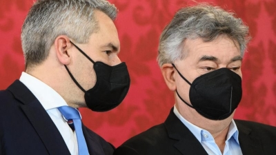 Israel authorities approve new West Bank settler homes